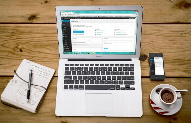 無料ブログに慣れてきたら、WordPressで本格的に運営してみよう。その具体的なやり方とは・・・