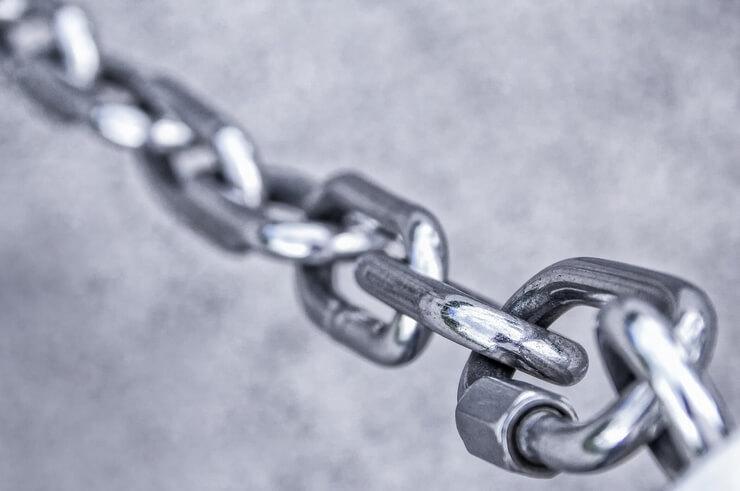 ブログ内の画像パクリを禁止することをイメージした鎖の画像