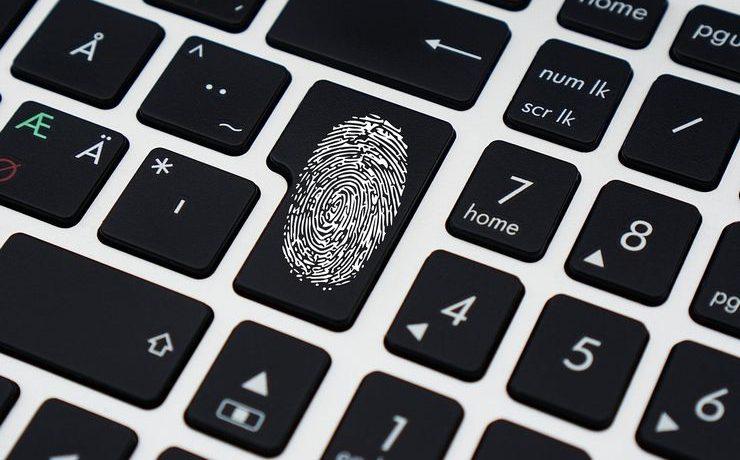 WordPressに不正ログインされないようにセキュリティ対策の重要性を訴えているイメージ画像